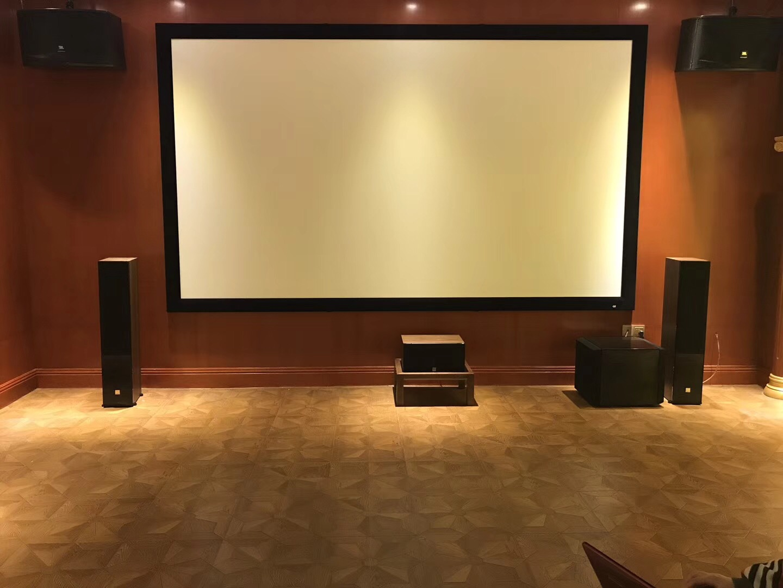 广州御湖名邸现代宫殿式家庭影院KTV实体案例